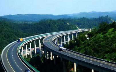 2022年清明节高速公路上会比往年更堵车吗