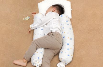小孩的枕头应该多高2