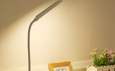 充电台灯的充电线是通用的吗