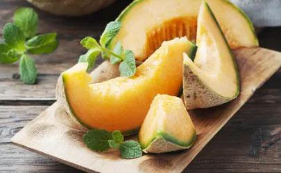 哈密瓜的瓜蒂发霉还能吃吗