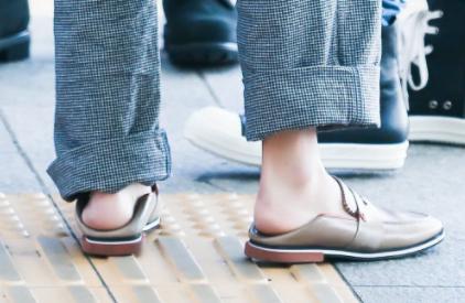 扁平足穿鞋不舒服怎么办3