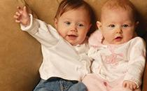 双胞胎多久能检查出来 双胞胎出生多少斤正常