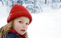 冬天宝宝一直脸红是什么原因 冬天宝宝脸红怎么解决
