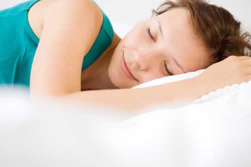 为什么晚上睡觉经常失眠多梦 晚上严重长期失眠如何调理