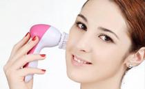 洁面仪会把脸越洗越薄吗 使用洁面仪的好处和坏处