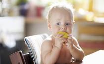 宝宝体内缺乏维生素A怎么办 宝宝补充维生素A的方法有哪些
